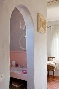 Chambre étage salle de bain douche